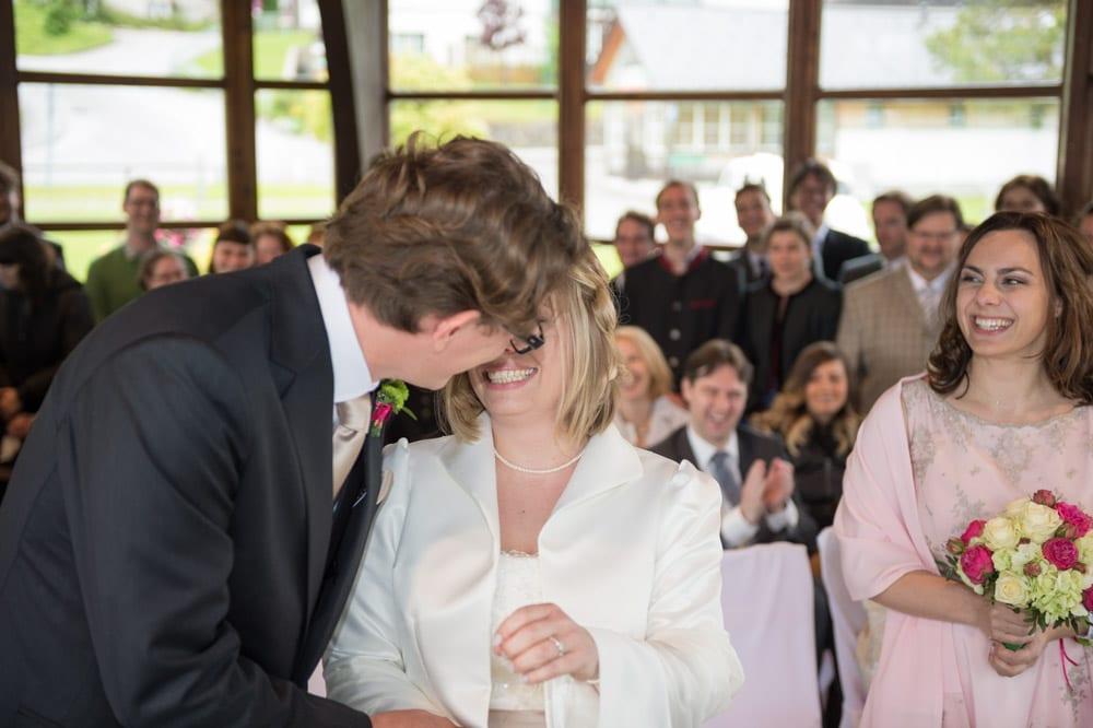 Kuss, Grundlsee, Steinernes Meer, Ausseerland, Hochzeit in den Bergen, Hochzeitsshooting, Hochzeitsfotograf, Wedding, Wedding Photographer, Land Salzburg, Lorenz Masser