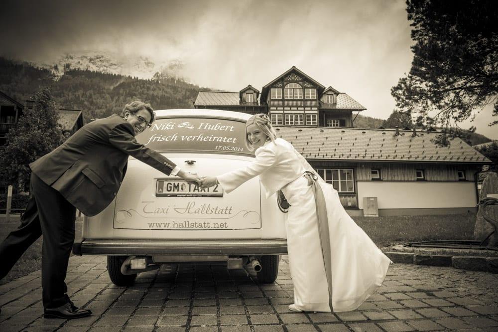 Brautpaar, Frisch verheiratet, Grundlsee, Steinernes Meer, Ausseerland, Hochzeit in den Bergen, Hochzeitsshooting, Hochzeitsfotograf, Wedding, Wedding Photographer, Land Salzburg, Lorenz Masser