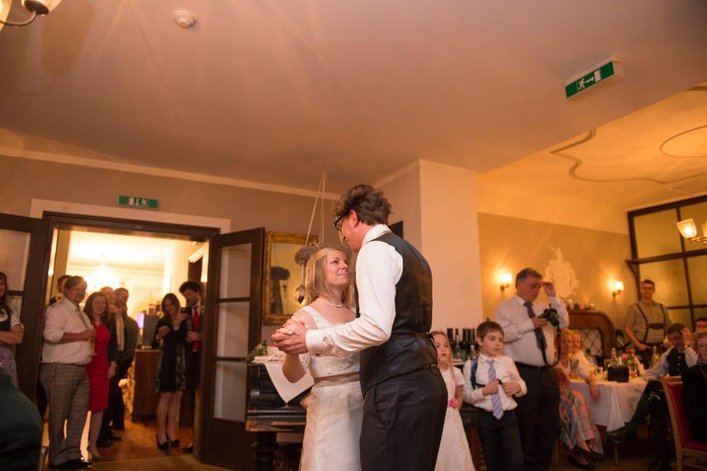 Eröffnungstanz, Grundlsee, Steinernes Meer, Ausseerland, Hochzeit in den Bergen, Hochzeitsshooting, Hochzeitsfotograf, Wedding, Wedding Photographer, Land Salzburg, Lorenz Masser