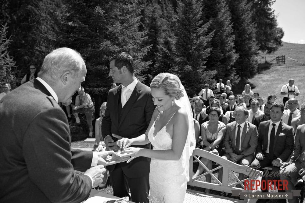 Ringwechsel, Ringtausch, Brautpaar, Hochnössler, Altenmarkt,  Hochzeit in den Bergen, Hochzeitsshooting, Hochzeitsfotograf, Wedding, Wedding Photographer, Land Salzburg, Lorenz Masser