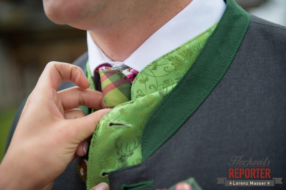 Anzug, Krawatte, Trachtig,  Hochzeit in den Bergen, Tauernkarleitenalm, Radstadt, Hochzeitsshooting, Hochzeitsfotograf, Wedding, Wedding Photographer, Land Salzburg, Lorenz Masser