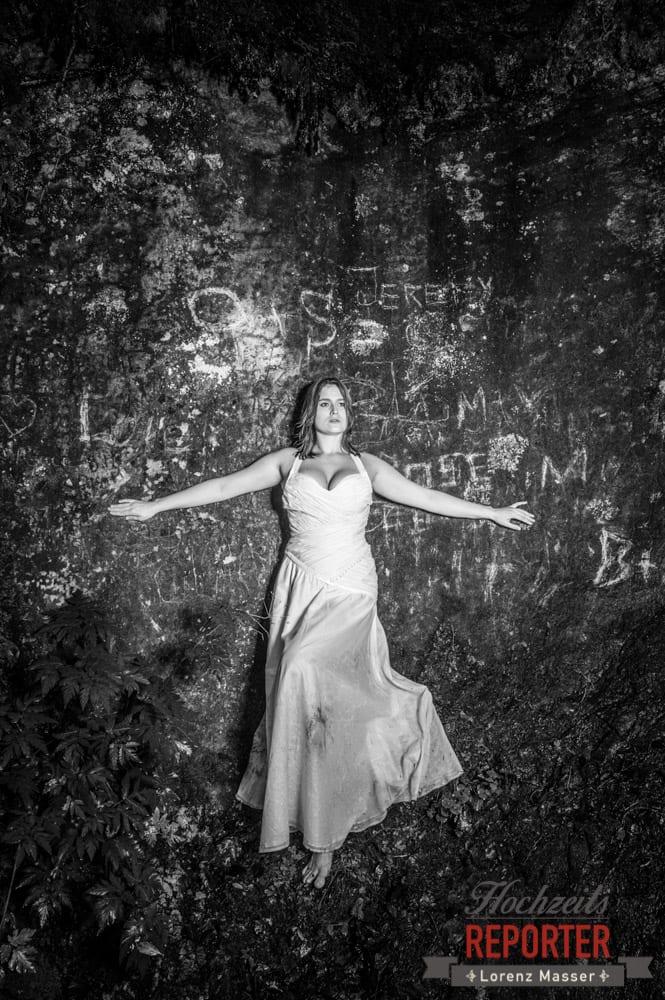 Dramatisch, Trash the Dress, Brautpaar, Hochzeits shooting, Hochzeitsfotograf, Wedding Photographer, Grundlsee, Land Salzburg, Lorenz Masser
