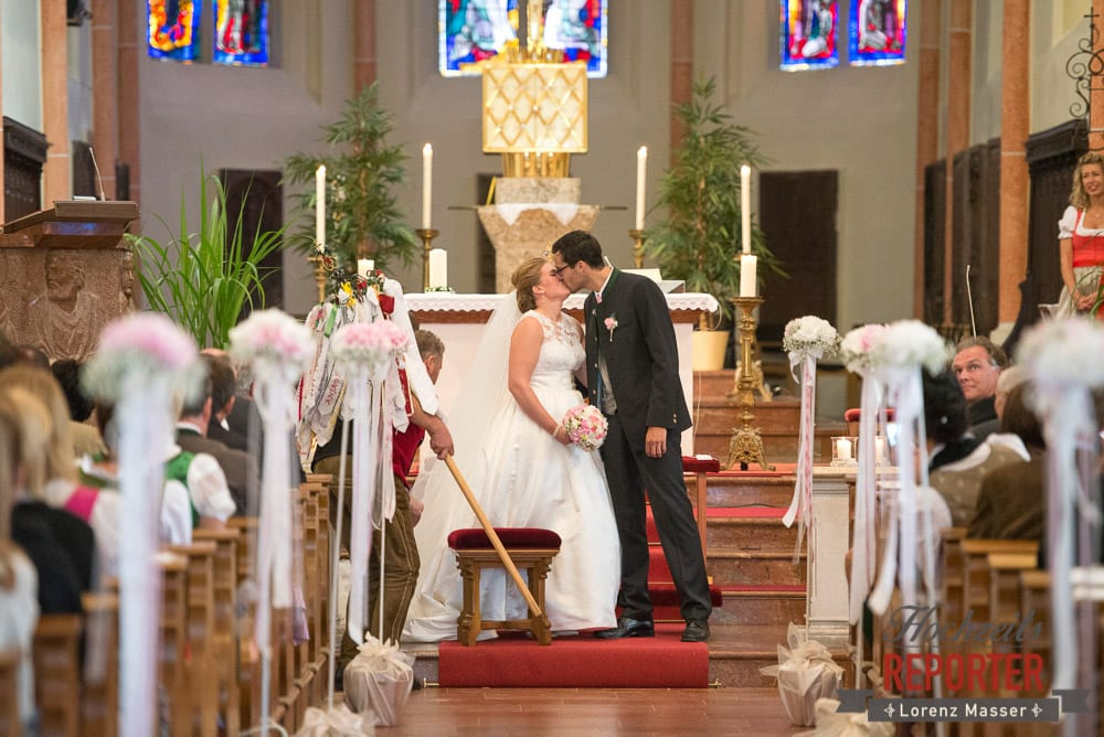Kuss, Brautpaar, Winterbauer, Altenmarkt, Wedding, Wedding Photographer, Hochzeitsfotograf, Land Salzburg, Lorenz Masser