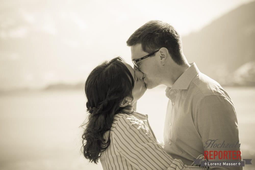 Paar küsst sich, Engagement Shooting, Schloss Prielau, Zell am See, Land Salzburg, Fotograf, Hochzeitsfotograf, Hochzeit, Lorenz Masser