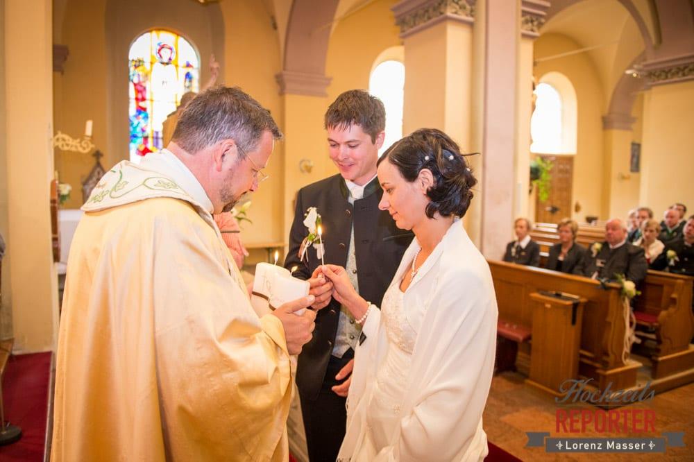 Trauung, Traukerze, Hochzeitskerze anzünden, Radstadt, Hochzeitsfotograf, Wedding Photographer,Land Salzburg,  Lorenz Masser