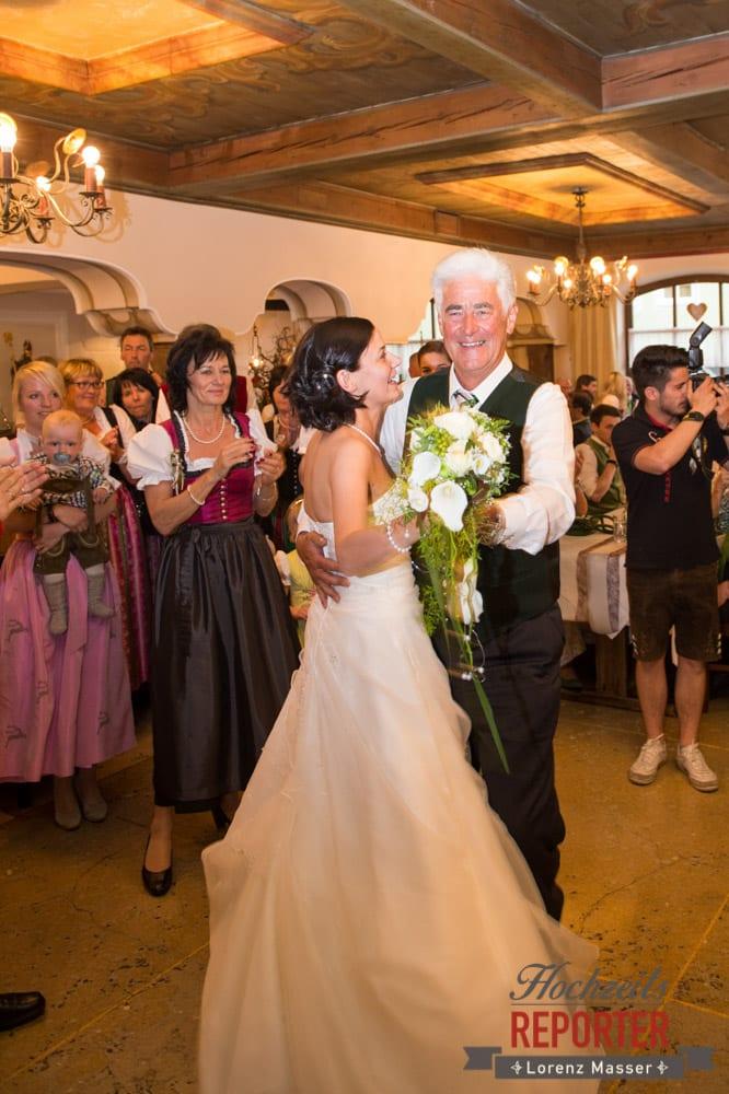 Erster Tanz mit Vater bei Hochzeit, Radstadt, Hochzeitsfotograf, Wedding Photographer,Land Salzburg,  Lorenz Masser