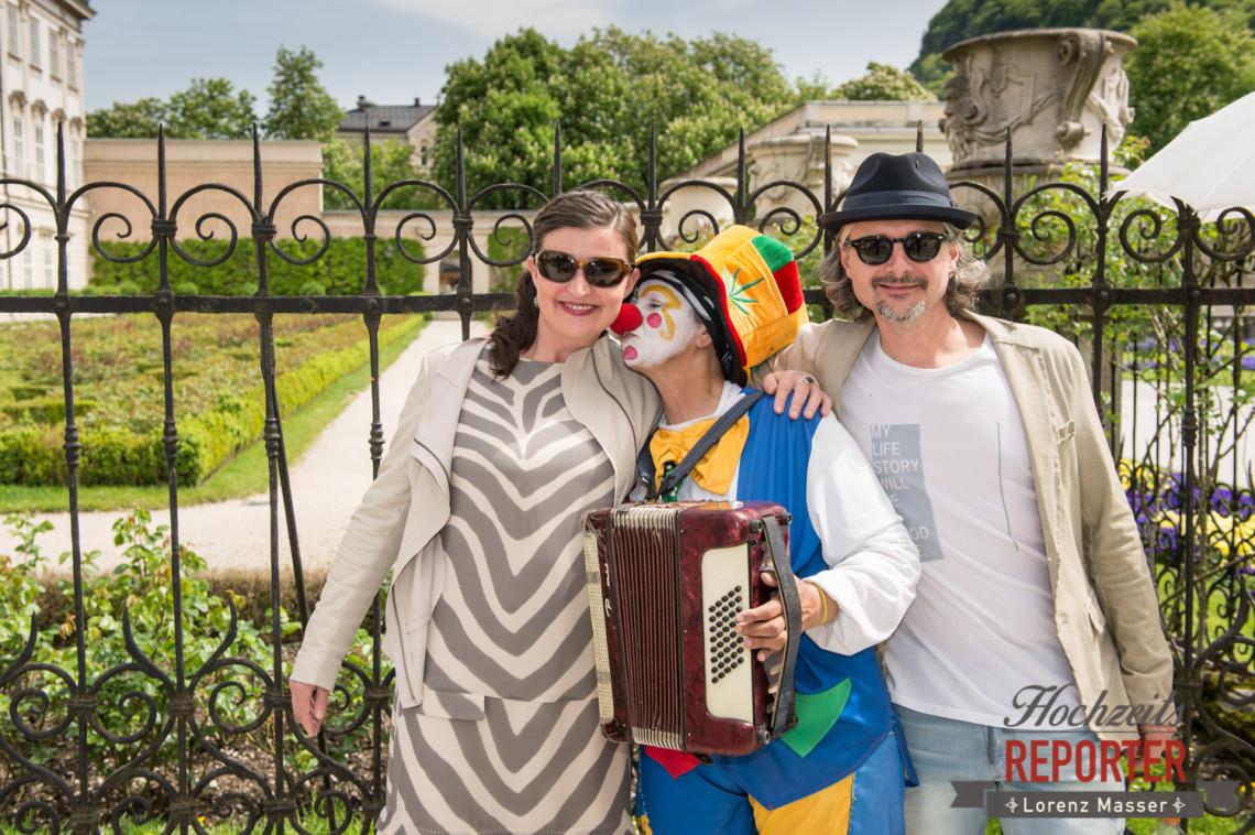 Clown will Braut küssen, Schloss Mirabell, Altstadt Salzburg, Hochzeit, Hochzeitsfotograf, Wedding, Hochzeitsshooting, Wedding Photographer,Fotograf Land Salzburg, Lorenz Masser