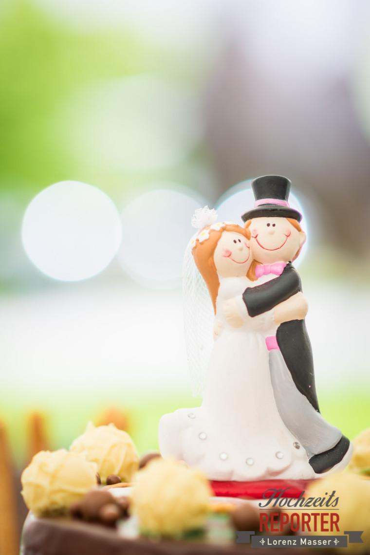 Figur auf Hochzeitstorte, Brautpaar, Schloss Mirabell, Altstadt Salzburg, Hochzeit, Hochzeitsfotograf, Wedding, Hochzeitsshooting, Wedding Photographer,Fotograf Land Salzburg, Lorenz Masser