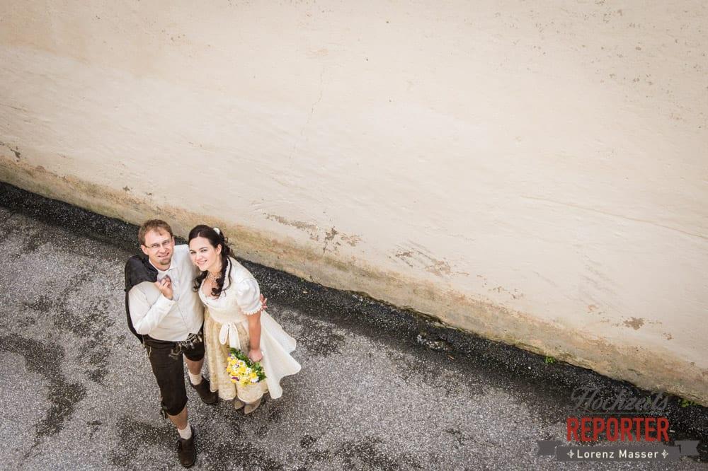 Brautpaar von Oben fotografiert, Hochzeit, Schloss Mittersill, Mittersill, Hochzeit, Hochzeitsfotograf, Wedding Photographer,Fotograf Land Salzburg, Lorenz Masser