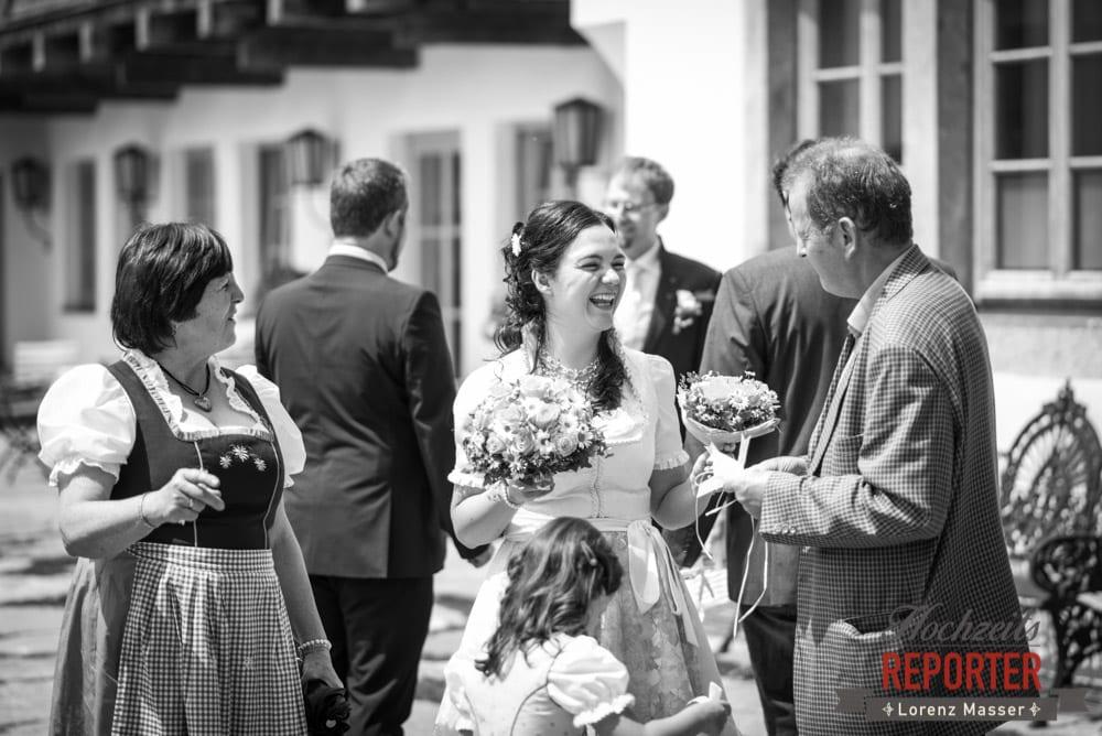 Braut mit Eltern, Hochzeit, Schloss Mittersill, Mittersill, Hochzeit, Hochzeitsfotograf, Wedding Photographer,Fotograf Land Salzburg, Lorenz Masser