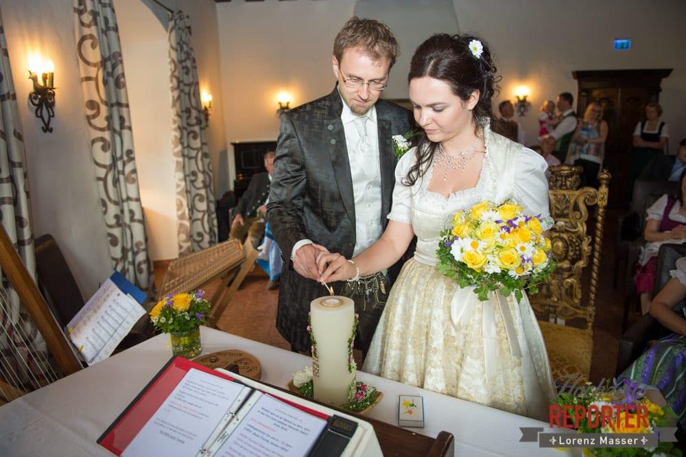 Anzünden der Hochzeitskerze, Hochzeit, Schloss Mittersill, Mittersill, Hochzeit, Hochzeitsfotograf, Wedding Photographer,Fotograf Land Salzburg, Lorenz Masser