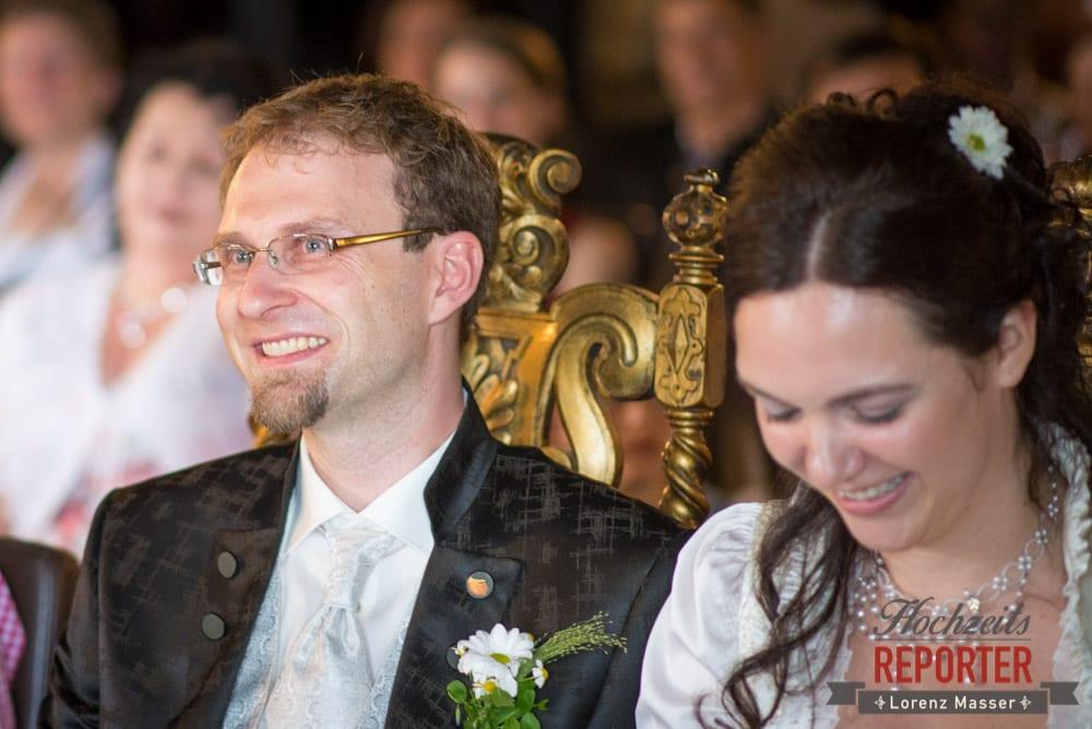 Bräutigam hat Freudentränen in den Augen, Hochzeit, Schloss Mittersill, Mittersill, Hochzeit, Hochzeitsfotograf, Wedding Photographer,Fotograf Land Salzburg, Lorenz Masser