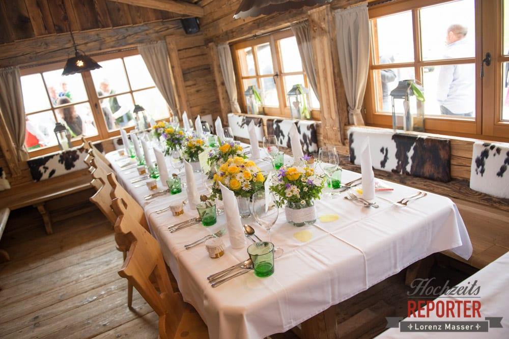 Tischdekoration bei einer Hochzeit, Alm, Toni Alm, Hochzeit, Mittersill, Hochzeit, Hochzeitsfotograf, Wedding Photographer,Fotograf Land Salzburg, Lorenz Masser