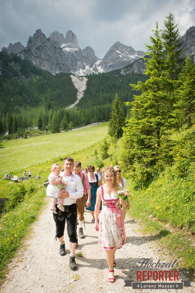 Bischofsmütze, Hochzeitsgesellschaft,  Filzmoos, Hochzeitsfotograf, Wedding Photographer,Land Salzburg, Lorenz Masser