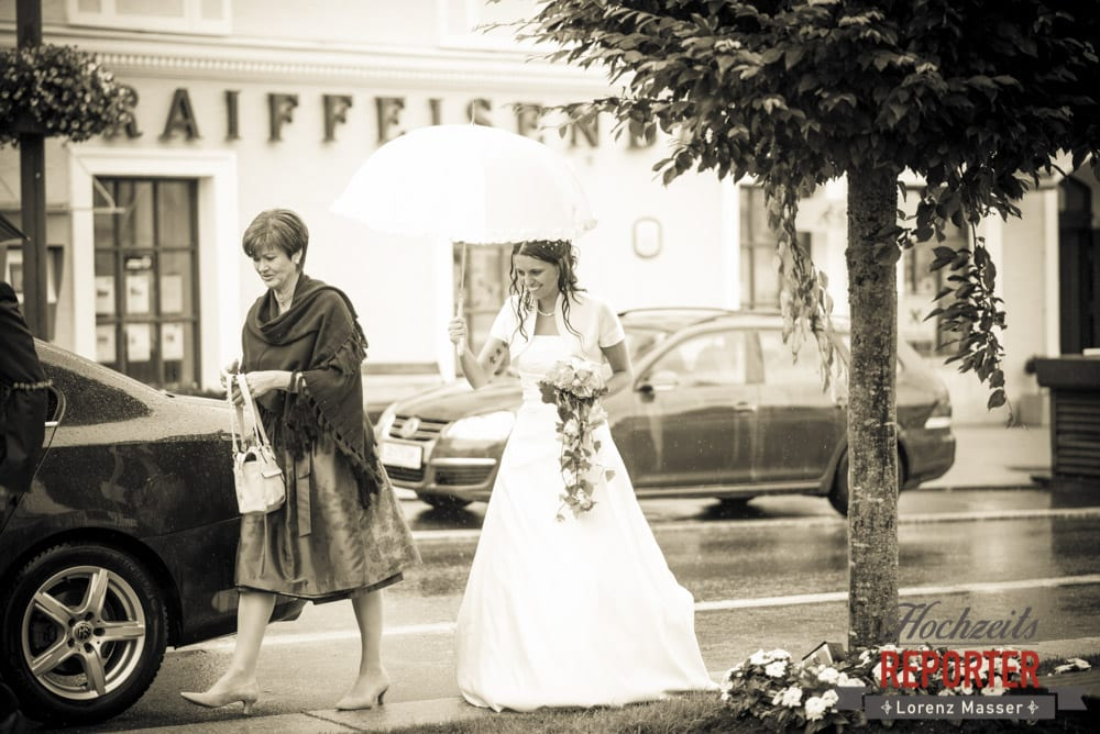 Braut im Regen, Radstadt, Wedding Photographer, Hochzeit,Hochzeitsfotograf, Land Salzburg, Lorenz Masser