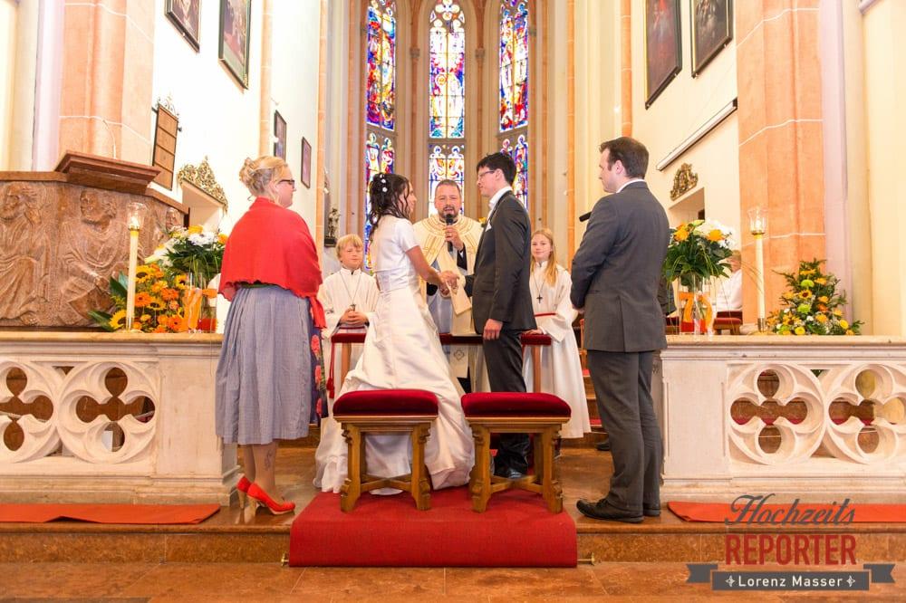 Brautpaar bei der Trauung, Radstadt, Wedding Photographer, Hochzeit,Hochzeitsfotograf, Land Salzburg, Lorenz Masser