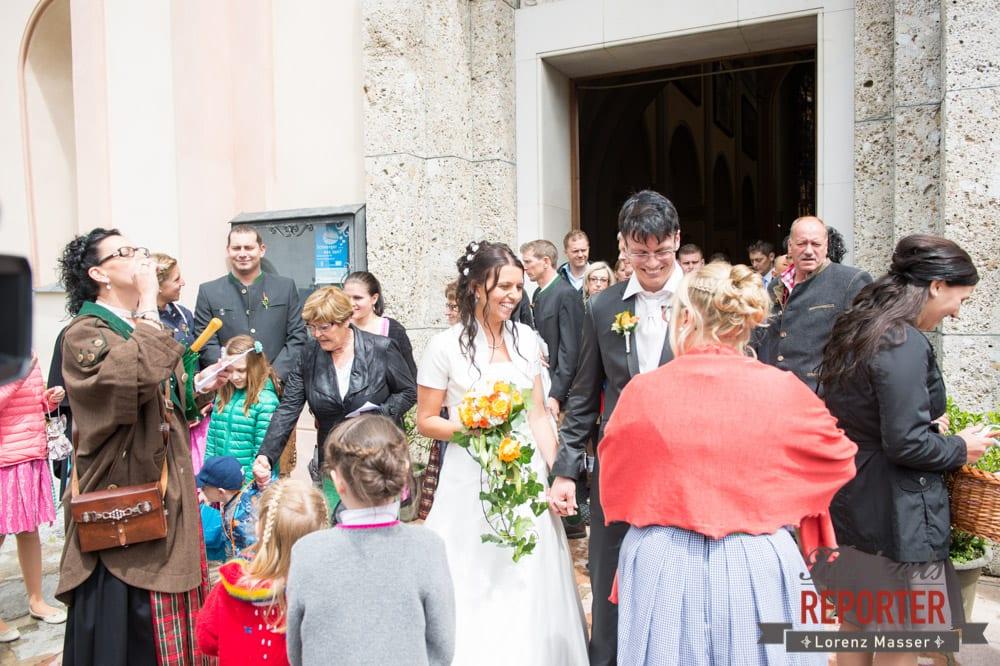 Brautpaar nach der Trauung,Radstadt, Wedding Photographer, Hochzeit,Hochzeitsfotograf, Land Salzburg, Lorenz Masser