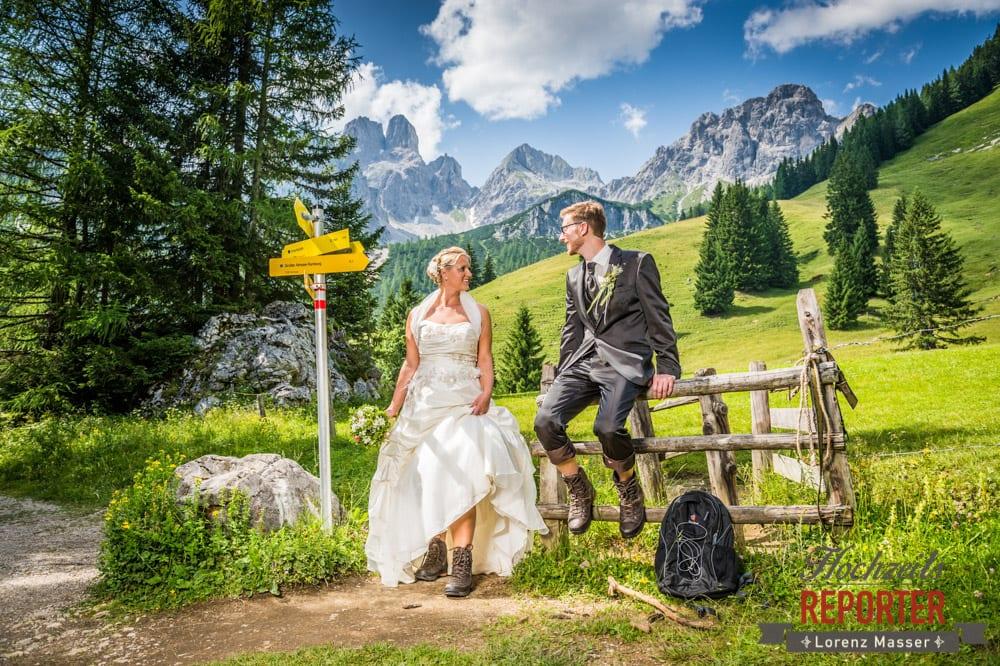 Hochzeit in den Bergen, Brautpaar in den Bergen, Hochzeit in Filzmoos, Unterhofalm, Filzmoos, Hochzeitsfotograf, Wedding Photographer, Lorenz Masser