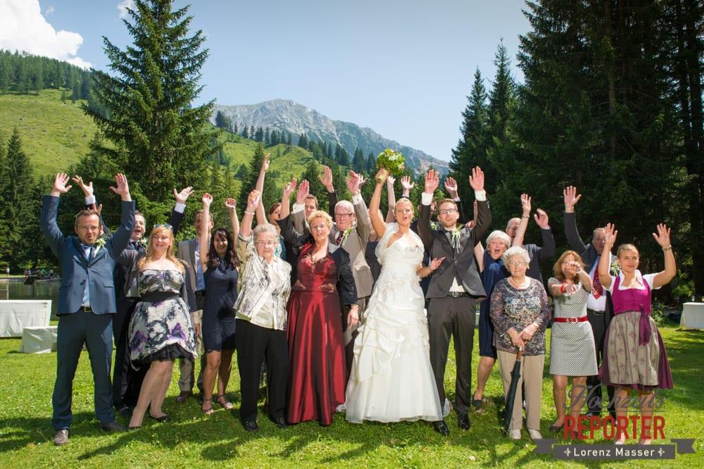 Hochzeitsgesellschaft, Unterhofalm, Filzmoos, Hochzeitsfotograf, Wedding Photographer, Lorenz Masser