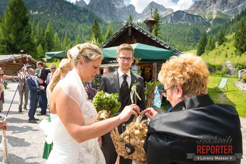 Brautpaar, Unterhofalm, Filzmoos, Hochzeitsfotograf, Wedding Photographer, Lorenz Masser