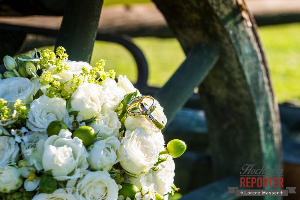 Ringe auf Brautstrauß, Radstadt, Wedding Photographer, Hochzeit,Hochzeitsfotograf, Land Salzburg, Lorenz Masser