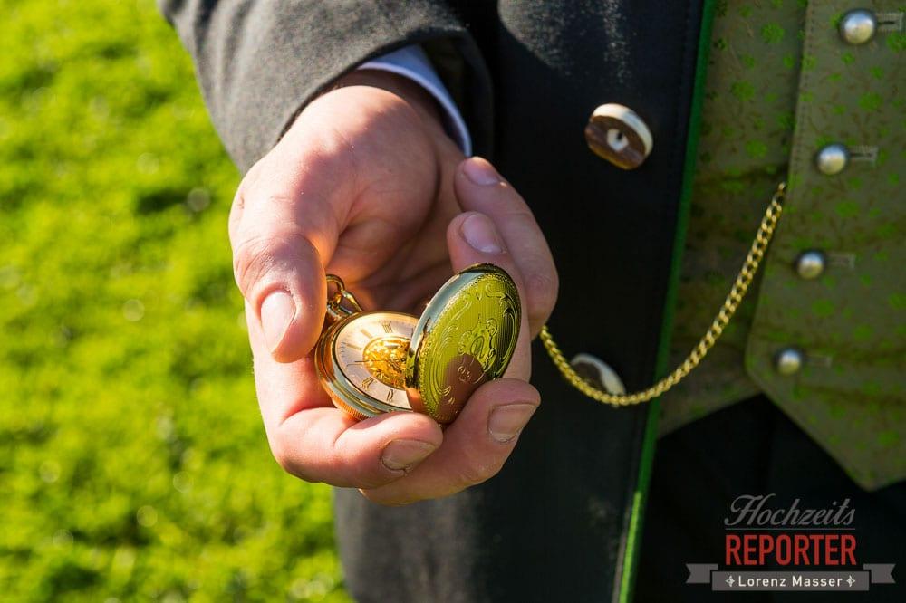 Detailfoto von Goldener Taschenuhr, Radstadt, Wedding Photographer, Hochzeit,Hochzeitsfotograf, Land Salzburg, Lorenz Masser