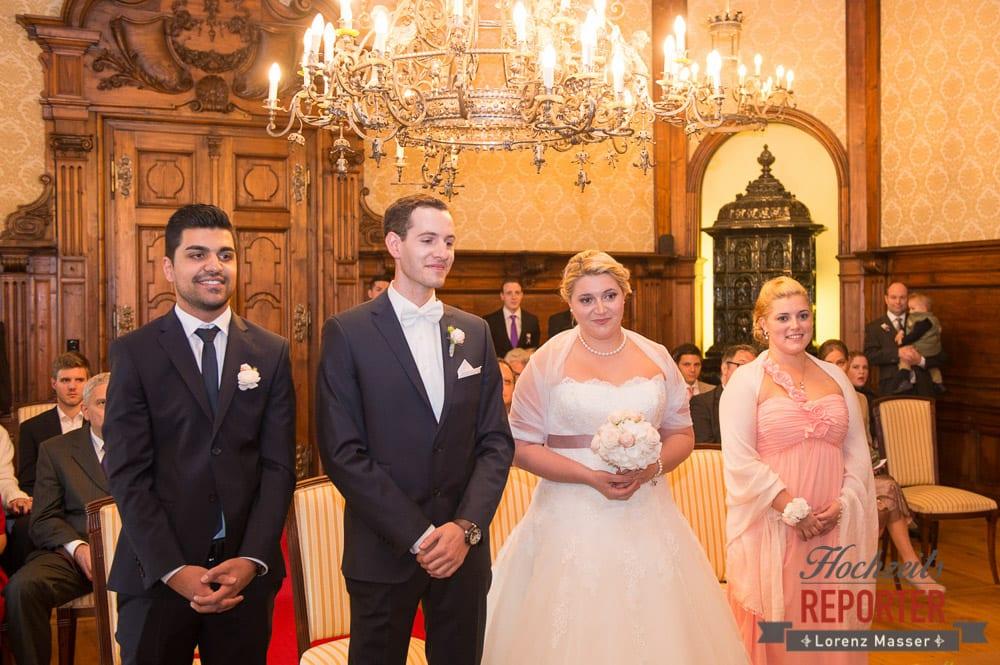 Brautpaar mit Trauzeugen,  Mondsee, Schloss,  Wedding Photographer, Hochzeit,Hochzeitsfotograf, Land Salzburg, Lorenz Masser