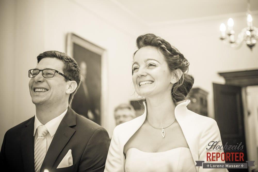 Brautpaar lächelt, Schloss Prielau, Zell am See,  Wedding Photographer, Hochzeit,Hochzeitsfotograf, Land Salzburg, Lorenz Masser
