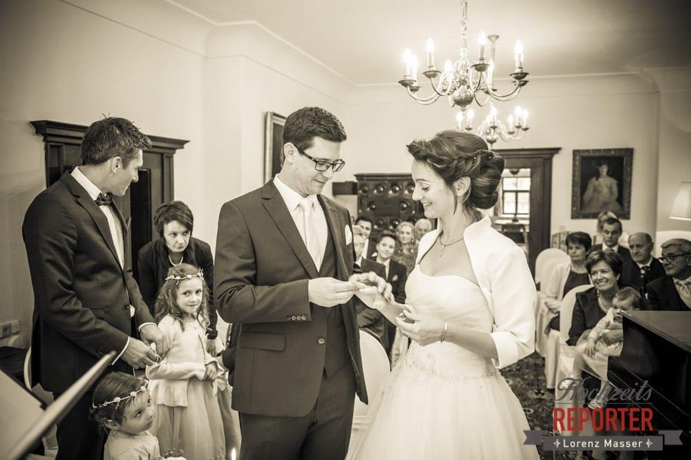 Ringwechsel, Sepia, Schloss Prielau, Zell am See,  Wedding Photographer, Hochzeit,Hochzeitsfotograf, Land Salzburg, Lorenz Masser
