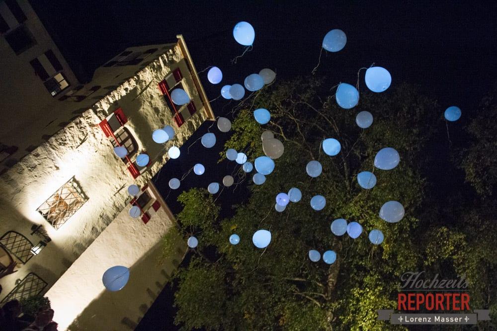 Leuchtende Luftballons in der Nacht, Schloss Prielau, Zell am See,  Wedding Photographer, Hochzeit,Hochzeitsfotograf, Land Salzburg, Lorenz Masser