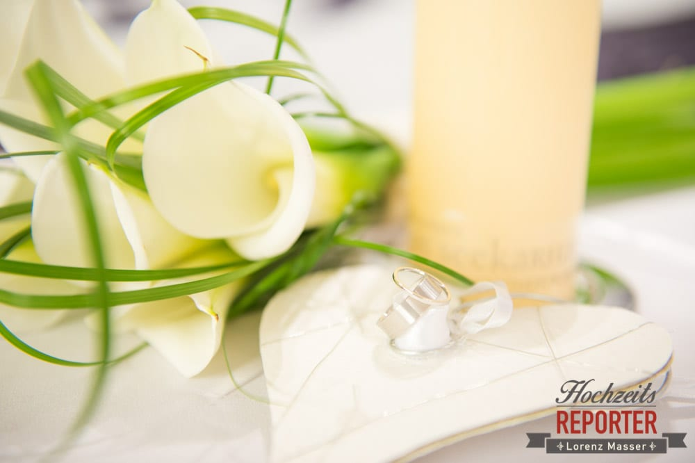 Brautstrauß und Ringe im Detail, Seekarhaus, Obertauern, Wedding Photographer, Hochzeit,Hochzeitsfotograf, Land Salzburg, Lorenz Masser