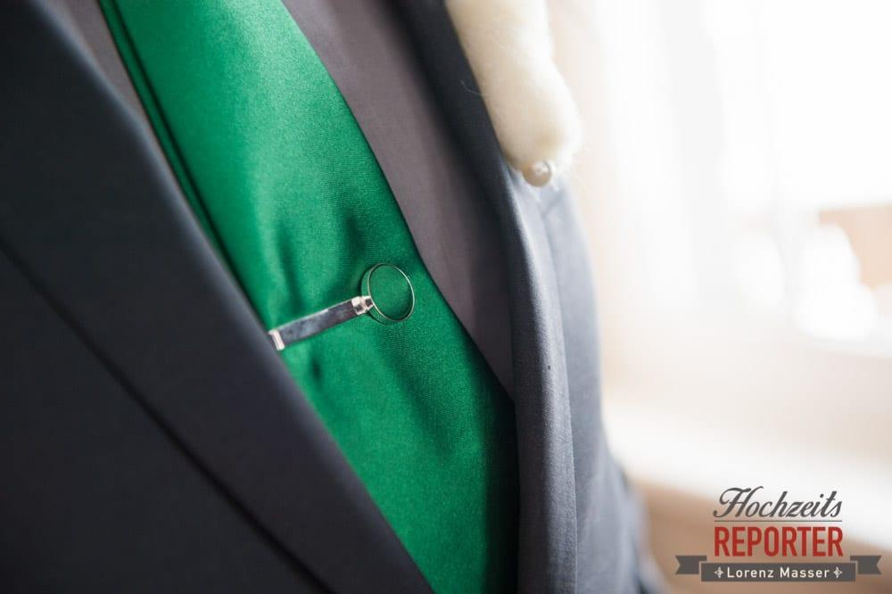 grüne Krawatte, Detail, Seekarhaus, Obertauern, Wedding Photographer, Hochzeit,Hochzeitsfotograf, Land Salzburg, Lorenz Masser