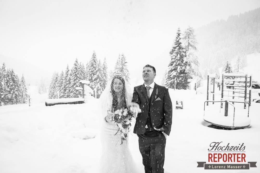 Winter in Filzmoos, Unterhofalm, Filzmoos, Winter Wedding, Hochzeit im Winter, Hochzeitsfotgraf, Lorenz Masser