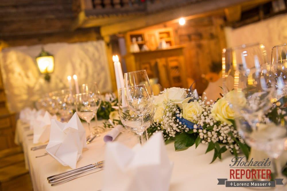 Tischdeko bei einer Hochzeit, Hochzeitsbankett, Unterhofalm, Filzmoos, Winter Wedding, Hochzeit im Winter, Hochzeitsfotgraf, Lorenz Masser