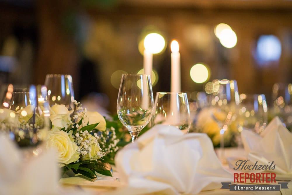 Tischdeko bei Hochzeitsbankett, Unterhofalm, Filzmoos, Winter Wedding, Hochzeit im Winter, Hochzeitsfotgraf, Lorenz Masser
