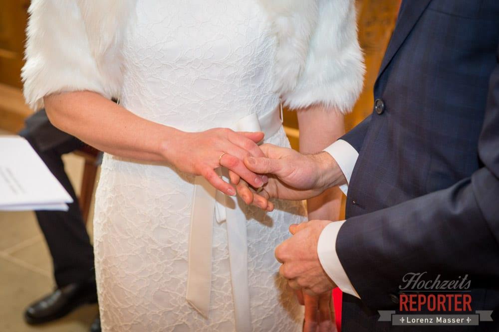 Ringtausch, Detail, Pichl, Ramsau, Hochzeitsfotograf, Wedding photographer, Land Salzburg, Lorenz Masser