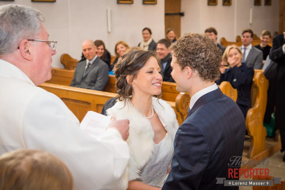 Brautpaar, Kuss bei Trauung, Pichl, Ramsau, Hochzeitsfotograf, Wedding photographer, Land Salzburg, Lorenz Masser