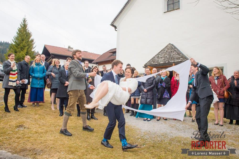 Brautpaar, Spaß, Pichl, Ramsau, Hochzeitsfotograf, Wedding photographer, Land Salzburg, Lorenz Masser