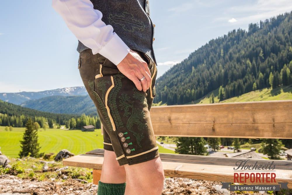 Lederhose, Detail, Ringe, Unterhofalm, Filzmoos, Wedding, Hochzeit, Hochzeitsfotograf, Lorenz Masser, Land Salzburg