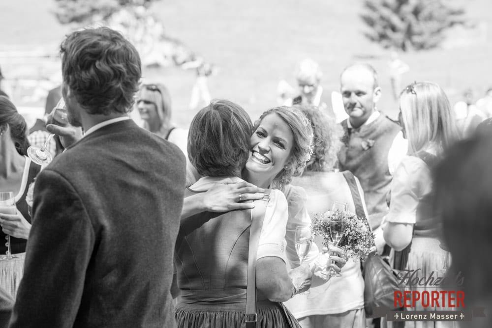 Braut, Gratulationen, Unterhofalm, Filzmoos, Wedding, Hochzeit, Hochzeitsfotograf, Lorenz Masser, Land Salzburg