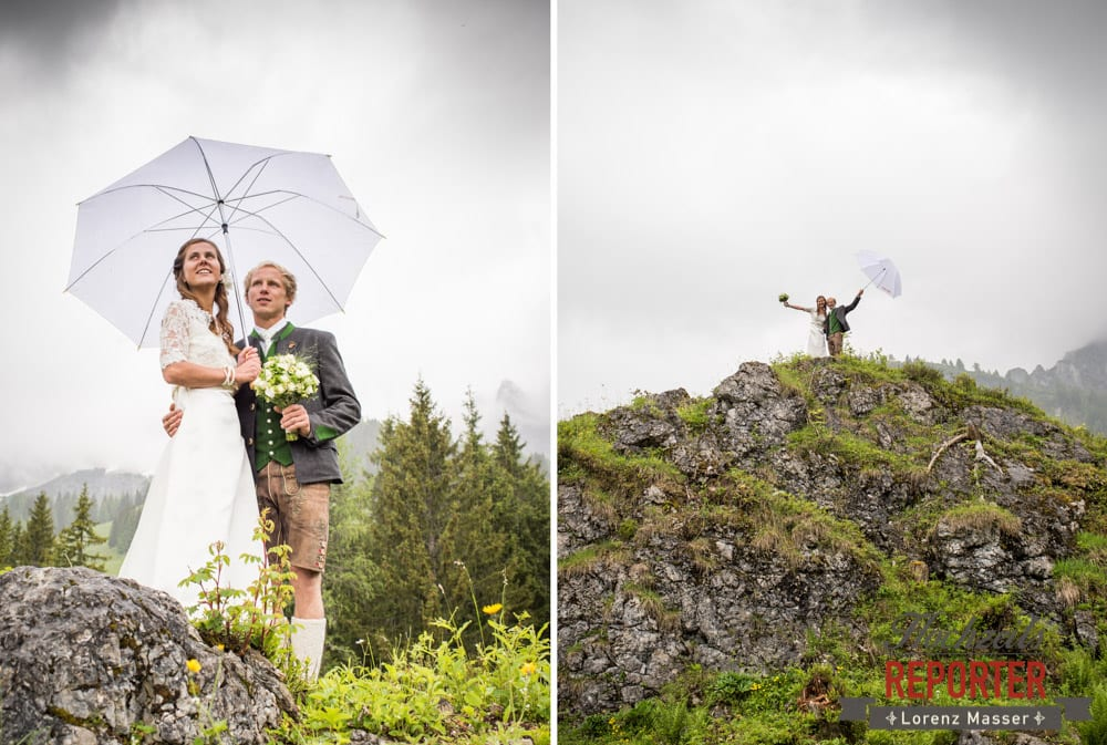 Portraitfotografie mit Regenschirmen, Hochzeit, Filzmoos, Wedding, Hochzeitsfotograf, Land Salzburg, Unterhofalm, Lorenz Masser