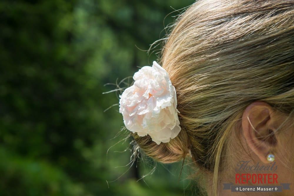 Haarschmuck zur Hochzeit, Gnadenalm, Obertauern, Johanneswasserfall, Hochzeitsfotograf, Land Salzburg, Lorenz Masser