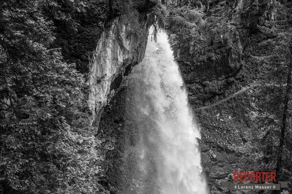 Analog, Wasserfall, Gnadenalm, Obertauern, Johanneswasserfall, Hochzeitsfotograf, Land Salzburg, Lorenz Masser