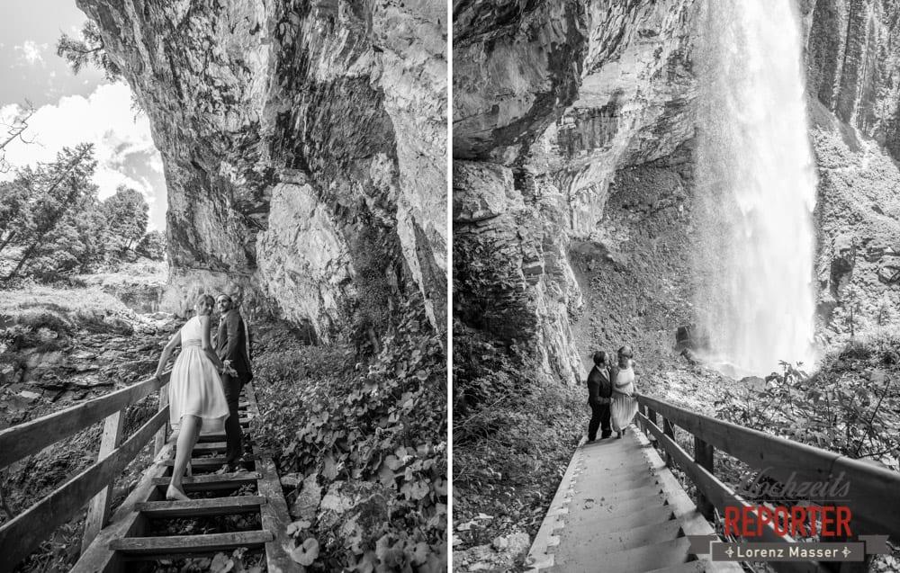 Treppe, Brautpaar, Portrait, Gnadenalm, Obertauern, Johanneswasserfall, Hochzeitsfotograf, Land Salzburg, Lorenz Masser