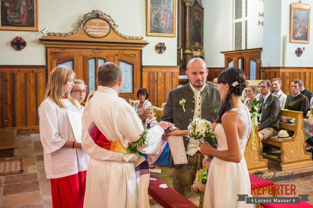 Trauung in Radstadt Kirche, Hochzeit, Radstadt, Hochzeitsfotograf, Land Salzburg, Lorenz Masser