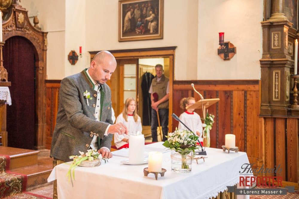 Trauung, Kirche, Hochzeitskerze, Hochzeit, Radstadt, Hochzeitsfotograf, Land Salzburg, Lorenz Masser