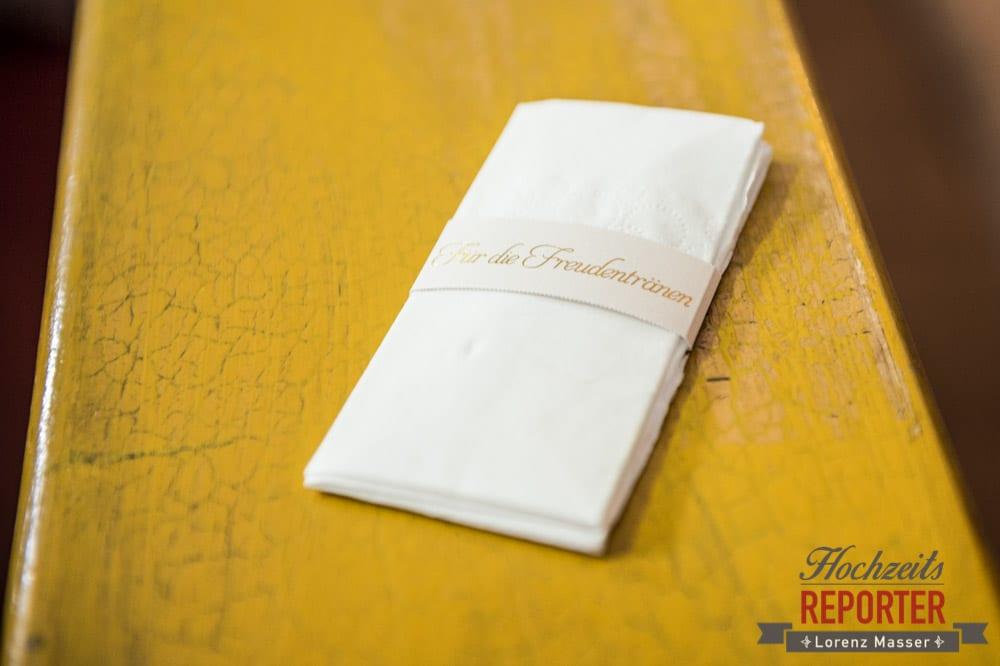 Taschentuch für die Freudentränen, Hochzeit, Radstadt, Hochzeitsfotograf, Land Salzburg, Lorenz Masser