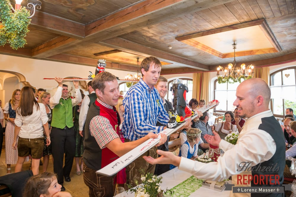 Geschenkübergabe, Hochzeit, Radstadt, Hochzeitsfotograf, Land Salzburg, Lorenz Masser