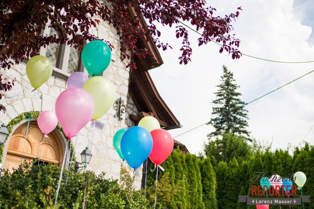 Luftballons bei Hochzeit, Standesamtliche Hochzeit, Bad Aussee, Hochzeitsfotograf, Land Salzburg, Lorenz Masser