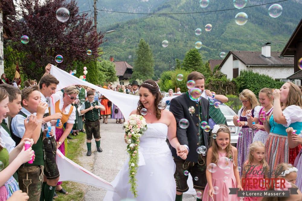 Brautpaar, Trauung in Kirche, Bad Aussee, Hochzeitsfotograf, Land Salzburg, Lorenz Masser